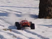 HPI Bullet ST Flux im Schnee 8
