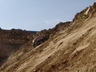 Der Axial AX10 Ridgecrest im Gelände
