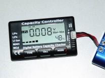 LiPo-Tester Capacity Controller CellMeter-7: Anzeige des Spannungsunterschiedes zwischen der vollsten und der leersten Zelle