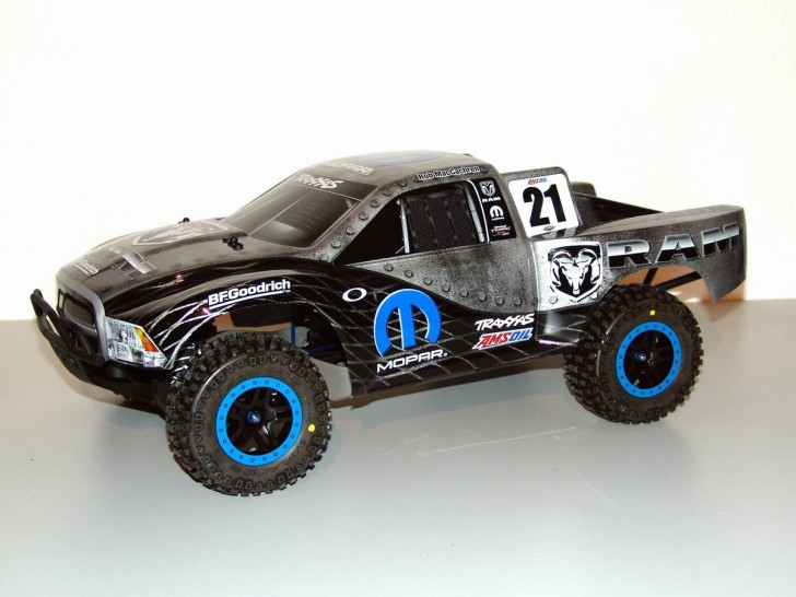 Traxxas Slash 4x4 LCG Dodge MacCachren