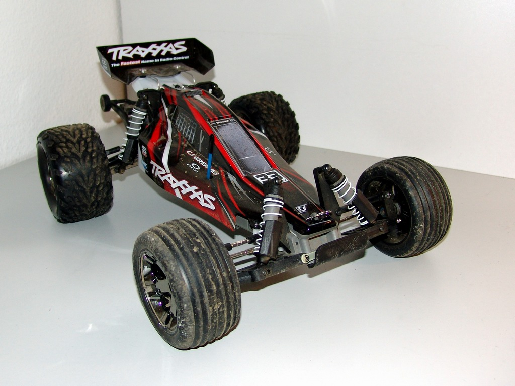 nitro rc traxxas revo 2 5 with Nitro Rustler To A Diagram on Classic T Maxx 2 5 Transmission Forward Reverse Tranny 2 Speed Traxxas 49104 additionally Traxxas Spare Parts Finder further Traxxas Revo 3 3 Nitro Rc Truck c6c217a4 F901 440a B381 2da385c5b549 likewise TraxxasEMaxxTQi24GHz184WDBrushlessRTRElectricRCMonsterTruck moreover Index.