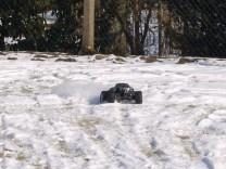 HPI Savage XS Flux im Schnee 1