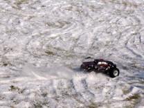 HPI Savage XS Flux im Schnee 14