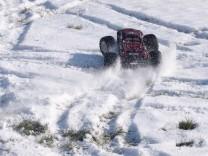 HPI Savage XS Flux im Schnee 16