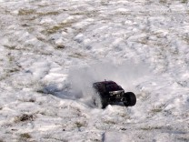 HPI Savage XS Flux im Schnee 7